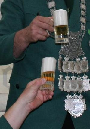 Gesuchtes Bierglas: 0,1l Seidel