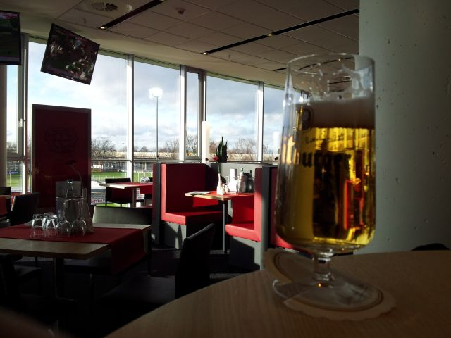 Bierglas Bitburger, BayArena Business Lounge