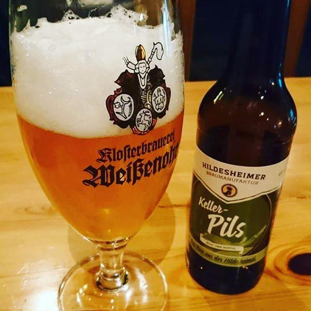 Beim #Bierwichteln 2017 ging mein Paket mit zwei #Bier aus #hildesheim an Markus. Danke für das tolle Foto! #bierglas #craftbeer