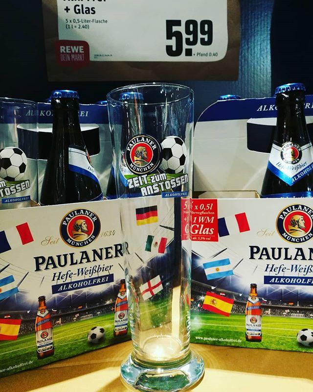 #Paulaner alkoholfrei + #Bierglas // leider steht kein Hersteller auf dem Glas. Fühlt sich auch etwas dünn an.. nicht so schön. Das geht besser.